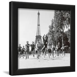 Beautiful Robert Doisneau Artwork For Sale Posters And Prints Artcom