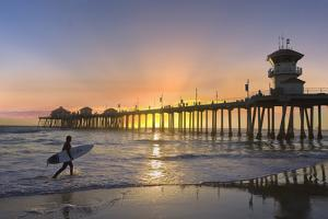 Huntington Beach Pier - Surfer by Robert Hansen