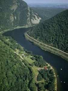 Delaware River Flows Through Kittatinny Range Near Mount Tammany by Robert Sisson