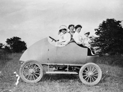 Robert Wil-De-Gose, His Mother and Nanny in the Bug, 1912--Photographic Print