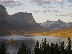 Wild Goose Island at sunrise St. Mary Lake, Glacier National Park, Montana. by Roberta Olenick
