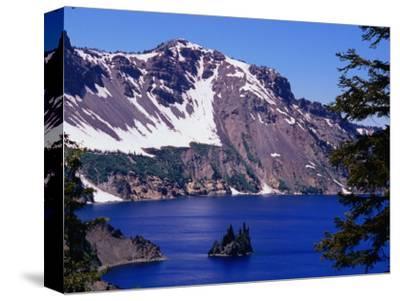 """Phantom Ship"" Island, Crater Lake National Park, Oregon, USA"
