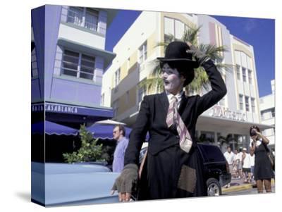 Art Deco Weekend on Ocean Drive, South Beach, Miami, Florida, USA