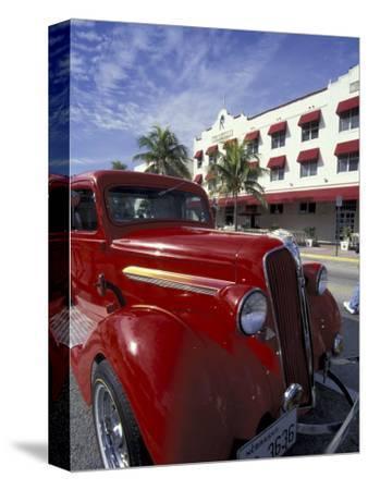 Ocean Drive with Classic Hot Rod, South Beach, Miami, Florida, USA