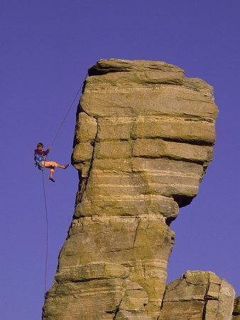 https://imgc.artprintimages.com/img/print/rock-climbing-hitchcock-pinnacle-mt-lemmon-az_u-l-p50cds0.jpg?p=0