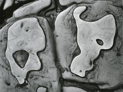 https://imgc.artprintimages.com/img/print/rock-formation-c-1950_u-l-q1g6n1f0.jpg?p=0