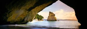 Rock Formations in the Pacific Ocean, Cathedral Cove, Coromandel, East Coast, North Island