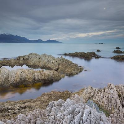 Rock Formations, Kaikoura Peninsula, Manakau Mountains, Canterbury, South Island, New Zealand-Rainer Mirau-Photographic Print