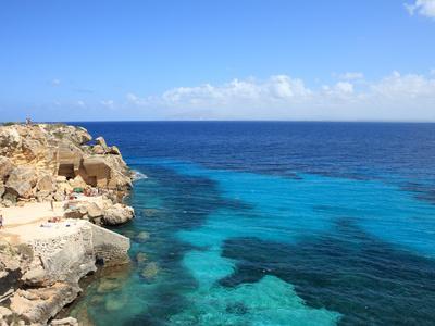 https://imgc.artprintimages.com/img/print/rocks-and-sea-trapani-favignana-island-sicily-italy-mediterranean-europe_u-l-pfvkc20.jpg?p=0