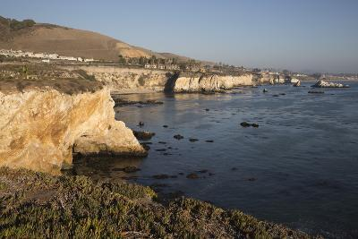 Rocky Coastline Looking Towards Pismo Beach-Stuart-Photographic Print
