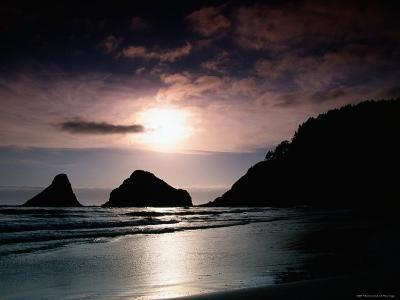 Rocky Outcrops Silhouetted, Heceta Head State Beach, Florence, Oregon-Richard Cummins-Photographic Print