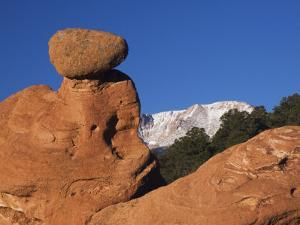 Pikes Peak, Garden of The Gods National Landmark, Colorado Springs, Colorado, USA by Rolf Nussbaumer