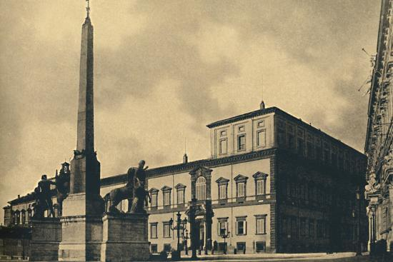 'Roma - The Quirinal Palace and Fountain', 1910-Unknown-Photographic Print