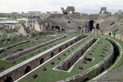 Roman Amphitheatre, Santa Maria Capua Vetere, Campania, Italy, 1st-2nd Century--Giclee Print