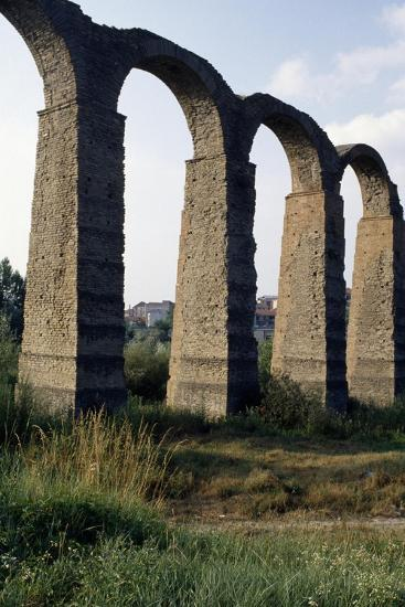 Roman Aqueduct--Giclee Print