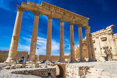 Roman Ruins of Palmyra, Syria.-siempreverde22-Photographic Print