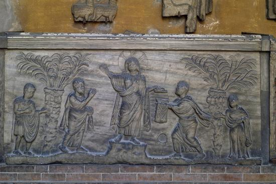 Roman Sarcophagus known as Traditio Legis from Ravenna, Italy, Early Christian Period, 5th Century--Giclee Print