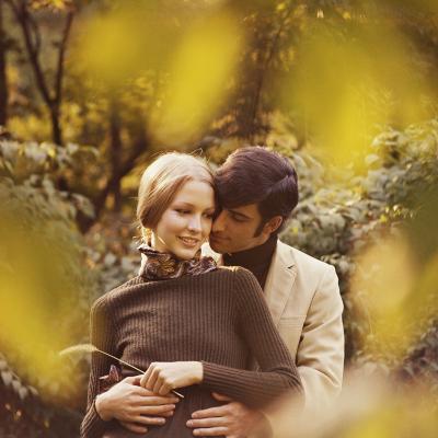 Romantic Couple-Dennis Hallinan-Photographic Print
