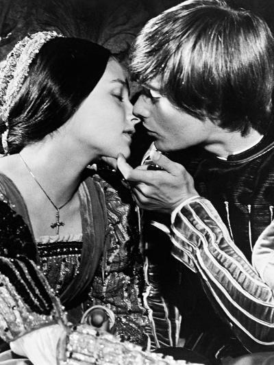Romeo and Juliet, 1968--Photographic Print