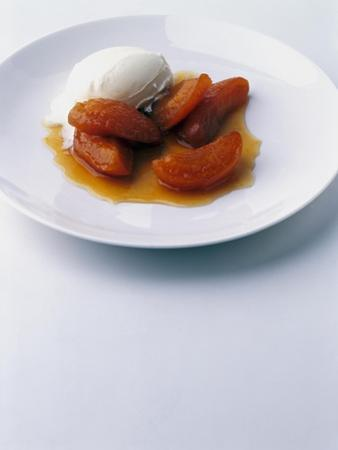 Gourmet - June 2003 by Romulo Yanes