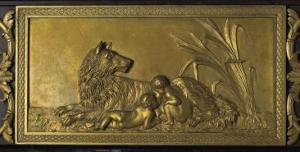 Romulus et Rémus, décor dans le montant de la cheminée du Salon bleu
