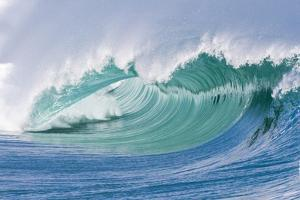 Breaking Wave in Hawaii by Ron Dahlquist