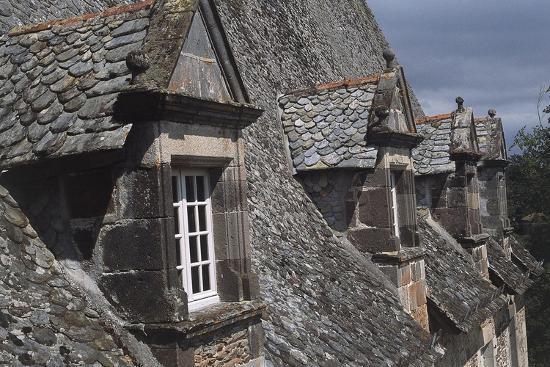 Roof Windows, Conros Castle--Giclee Print