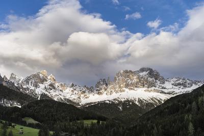 Rosengarten or Catinaccio Mountains, Schlern-Rosengarten, Dolomites, Italy-Martin Zwick-Photographic Print