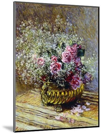 Roses in a Copper Vase, 1878-Claude Monet-Mounted Premium Giclee Print