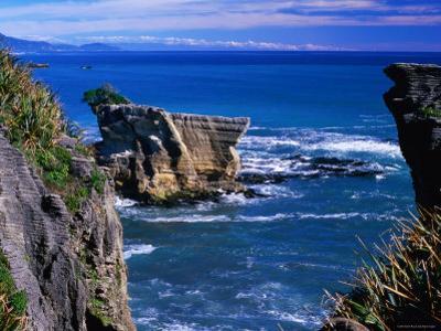 Rocky Coastline at Dolomite Point, Paparoa National Park, New Zealand