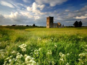 Knowlton Church, Dorset, UK by Ross Hoddinott