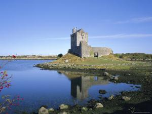 Dunguaire Castle, Kinvarra Bay, County Galway, Connacht, Republic of Ireland (Eire), Europe by Roy Rainford