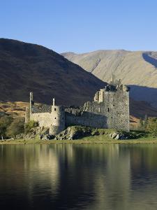 Kilchurn Castle, Loch Awe, Strathclyde, Scotland, United Kingdom by Roy Rainford