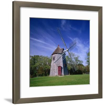 Oldest Windmill on Cape Cod, Dating from 1680, at Eastham, Massachusetts, New England, USA