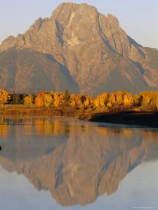 Oxbow Bend, Snake River and Tetons, Grand Tetons National Park, Wyoming, USA by Roy Rainford