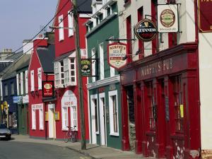 Pubs in Dingle, County Kerry, Munster, Eire (Republic of Ireland) by Roy Rainford