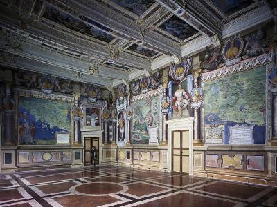 Royal or Hercules Hall with Frescoes, Hercules Hally Baldassare Croce--Giclee Print