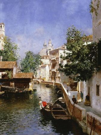 A Venetian Canal Scene by Rubens Santoro
