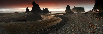Ruby Beach at Olympic National Park, Washington-Keith Ladzinski-Photographic Print