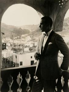 Rudolph Valentino, portrait ca. 1920s.