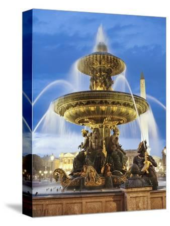 Fountain at The Place de la Concorde