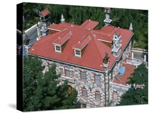 Ruggiero Boiardo's Baronial Mansion Was Used as a Meeting Place by Crime Thiefs