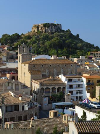 https://imgc.artprintimages.com/img/print/ruined-castle-above-old-town-begur-costa-brava-catalonia-spain-europe_u-l-pfw36d0.jpg?p=0