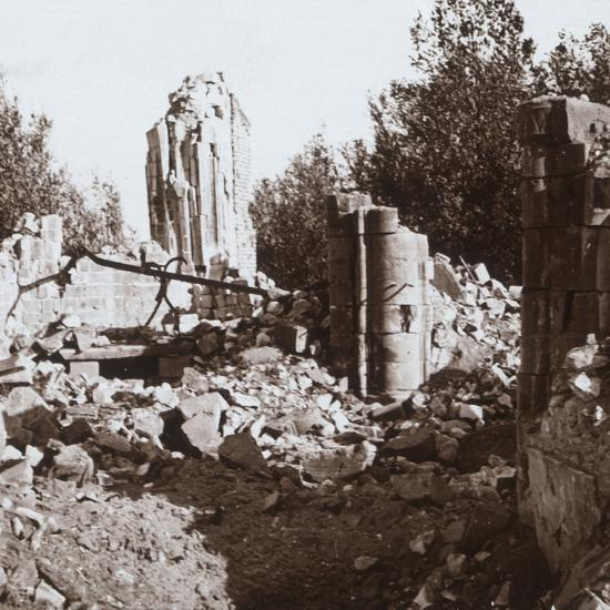 Ruined chateau, Pinon, northern France, c1914-c1918-Unknown-Photographic Print
