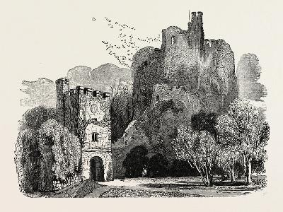 Ruins of Arundel Castle--Giclee Print