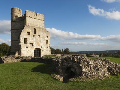 Ruins of Donnington Castle, Newbury, Berkshire, England-Stuart Black-Photographic Print
