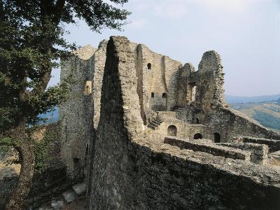 Ruins of Matilda of Canossa's Castle, Ciano D'Enza, Reggio Emilia, Emilia-Romagna, Italy--Giclee Print
