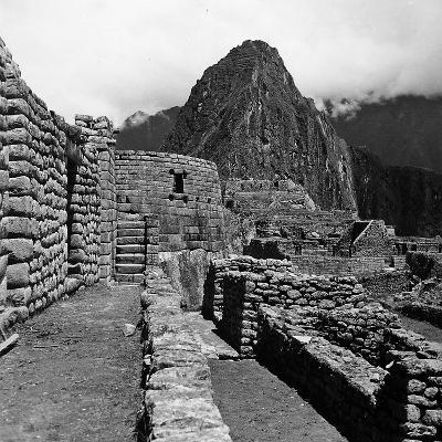 Ruins of the Houses of the Lost City of the Incas, and the Sun Temple, Machu Picchu, Peru-Pietro Ronchetti-Photographic Print
