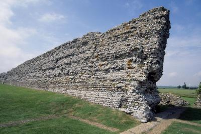 https://imgc.artprintimages.com/img/print/ruins-of-the-northern-wall-richborough-roman-fort-kent-england-united-kingdom_u-l-pq4r2b0.jpg?p=0