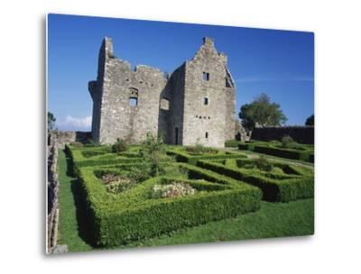 Ruins of Tully Castle
